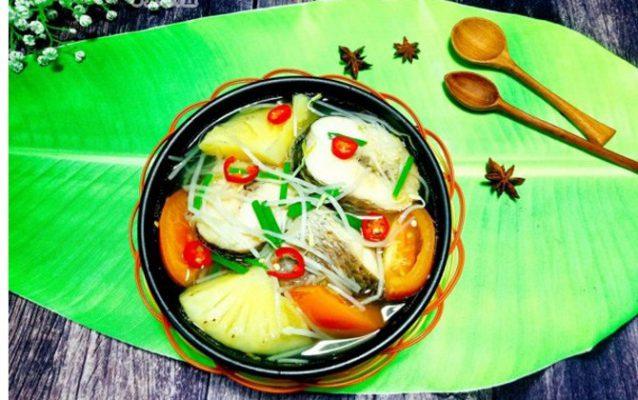 canh chua nấu cá lóc