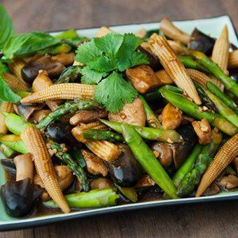 Sơ chế măng tây ngon, xanh, không mất chất dinh dưỡng